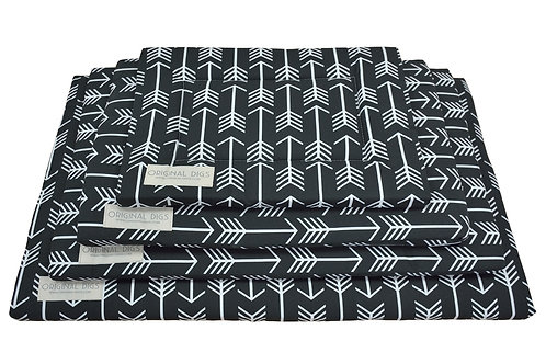 Archery Arrows Black Pet Pad