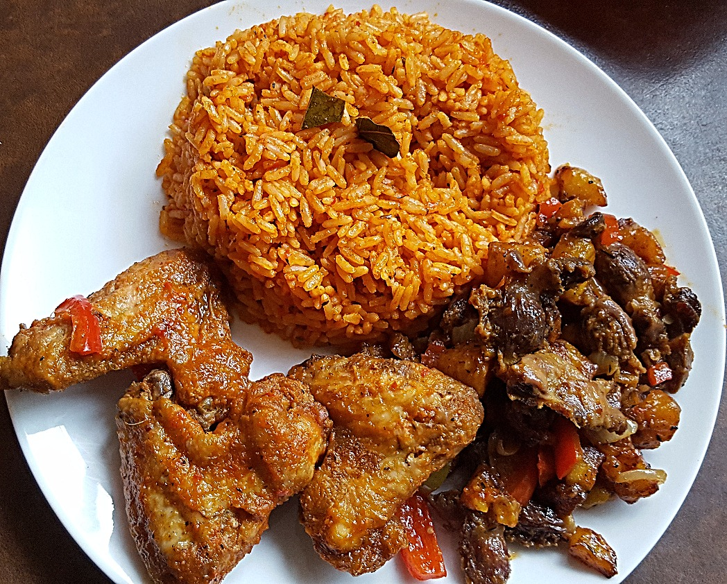 Jollof Rice, Chicken and Gizdodo