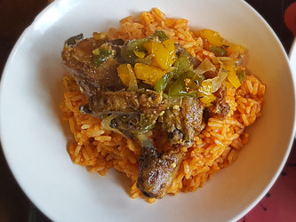 Quick and Easy JOLLOF RICE AND CHICKEN
