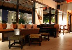 Lounge area, big open windows