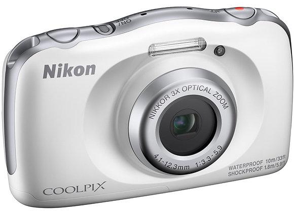 COOLPIX W150 WHITE BACKPACK KIT - קיט מצלמה קומפקטית ניקון - יבואן רשמי