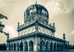 Architectural Wonder_Tomb of Abdullah