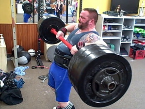 US Strongman in Maine is Wicked Heavy! That's Wicked Cool!