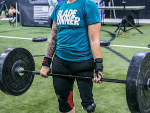My US Strongman: Sabrina Reiswig Doesn't Need Two at Strasburg's Strongest!