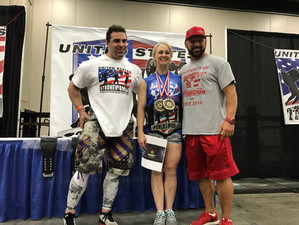 My USStrongwoman: Lisa Kromer - Wife, Mother, Promoter and Champion!