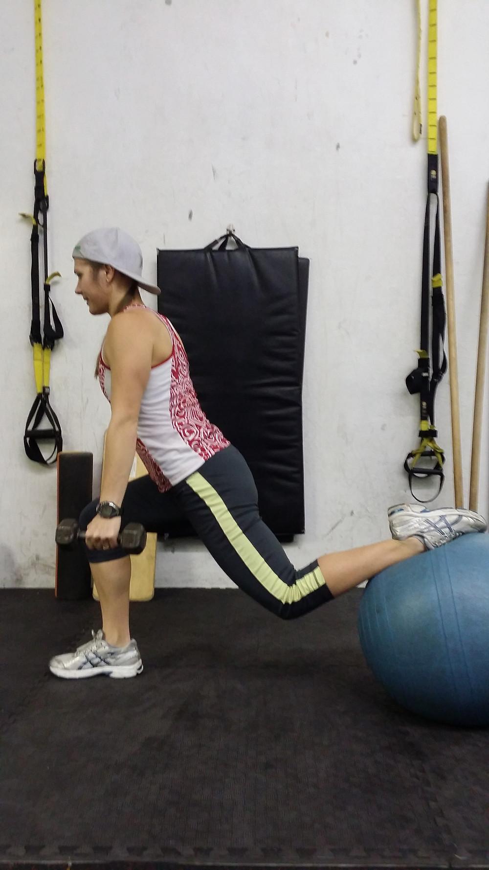balance one leg squats