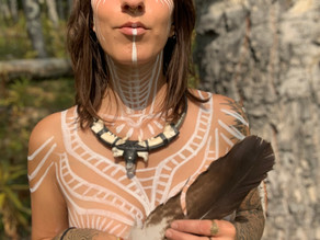 Olivia Jane: How traveling the World Solo Launched her Career as a Visionary Artist!