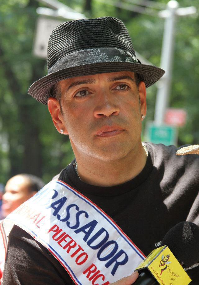 Luis Antonio Ramos as Lorenzo