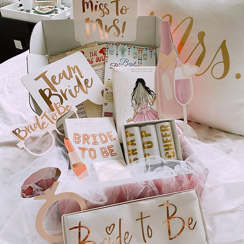 A LUXURY SUBSCRIPTION BOX FOR THE BEAUTIFUL BRIDE TO BE!