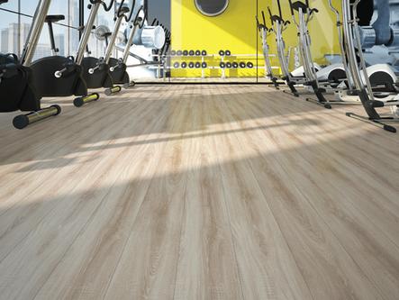 Como realizar a limpeza do piso laminado ?