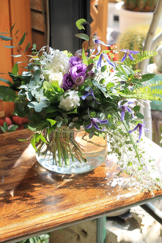 クレマチスとハーブの花束 花よし上田