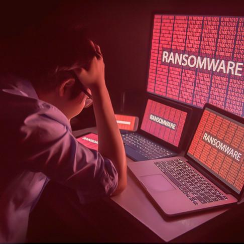 Organización financiera evalúa alternativas de reducción de riesgos de robo cibernético con RiskLens