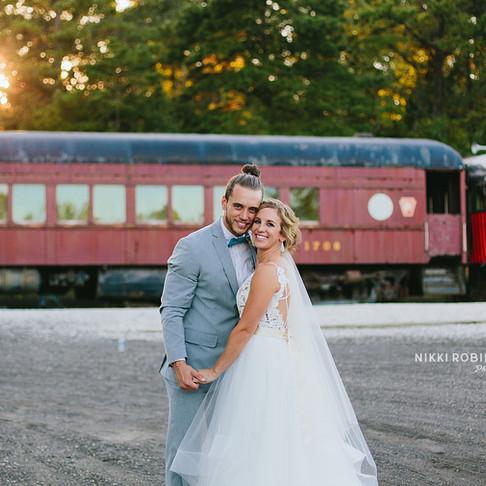 Megan + Mike   Everly at Railroad Wedding   Nikki Robinson Photography