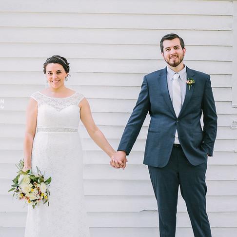 Tiffany + Nathan   Backyard Farmhouse Wedding   Nikki Robinson Photography