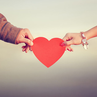 What's Your Love Language? How knowing this can help you develop a long-lasting romantic relations