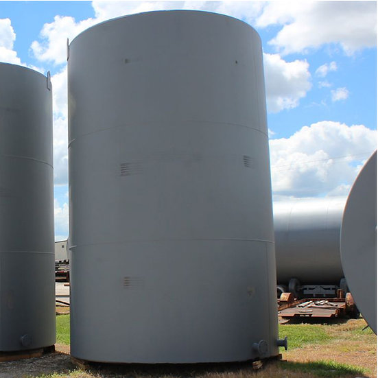 15, 200 Gallon Vertical Tank SKU426