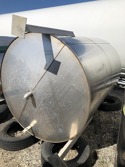 1650 Gallon Stainless Steel Tank side view