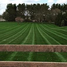 #outdooredgelandscapemanagment #stripes4