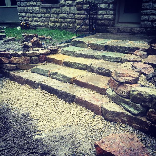 #staircase #drylaidstonewall #outdooredgelandscapemanagment