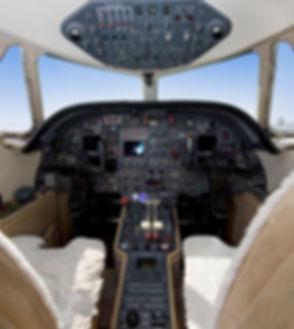FALCON 100 F-GSLZ 10.jpg