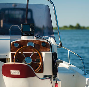 boat-daylight-leisure-1007836.jpg