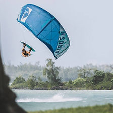 airush-kiteboarding-oswald-smith-ydwer-c