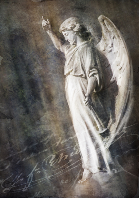 Angel_on_orb_160_a2