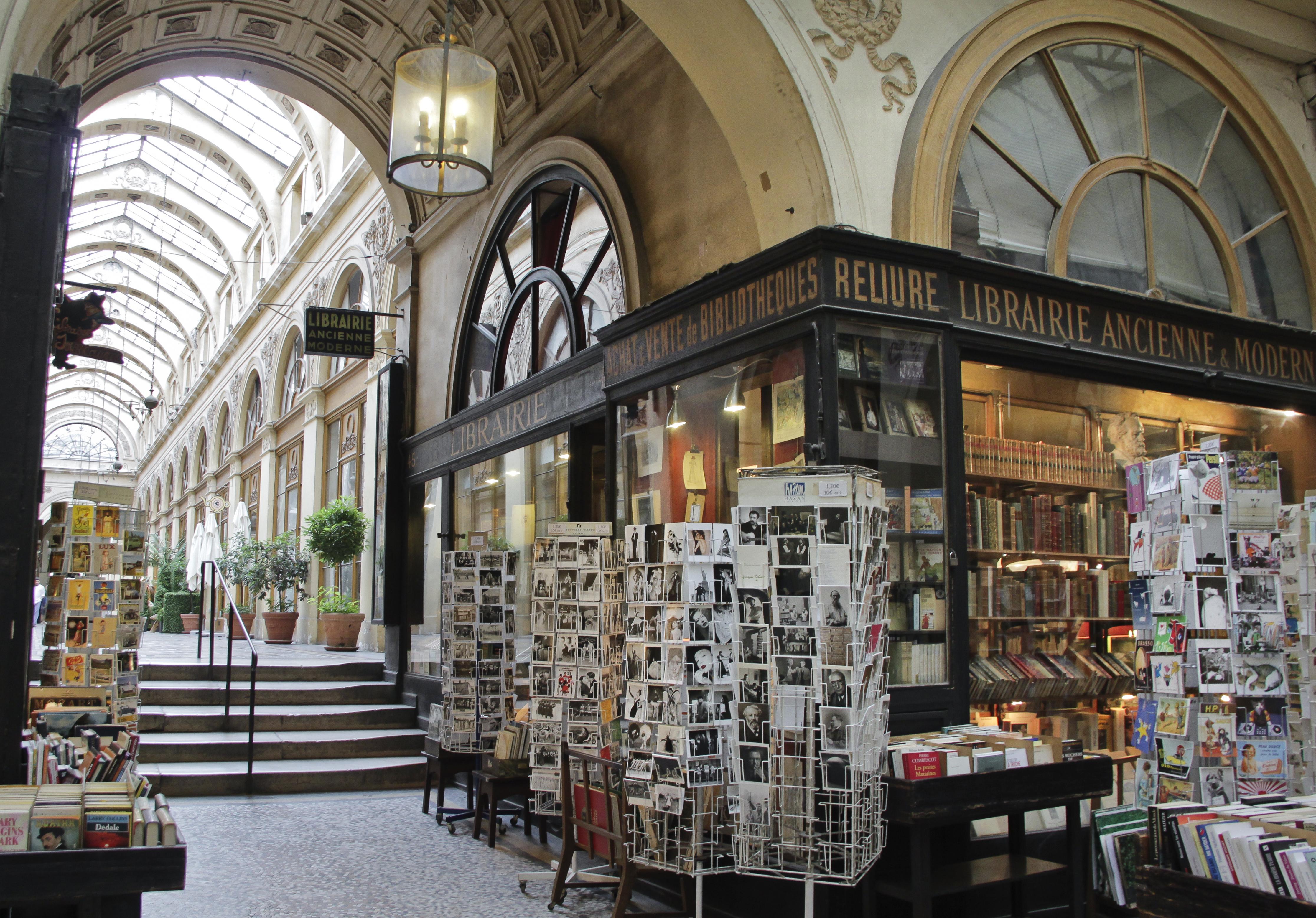 Galerie Vivienne - Book shop
