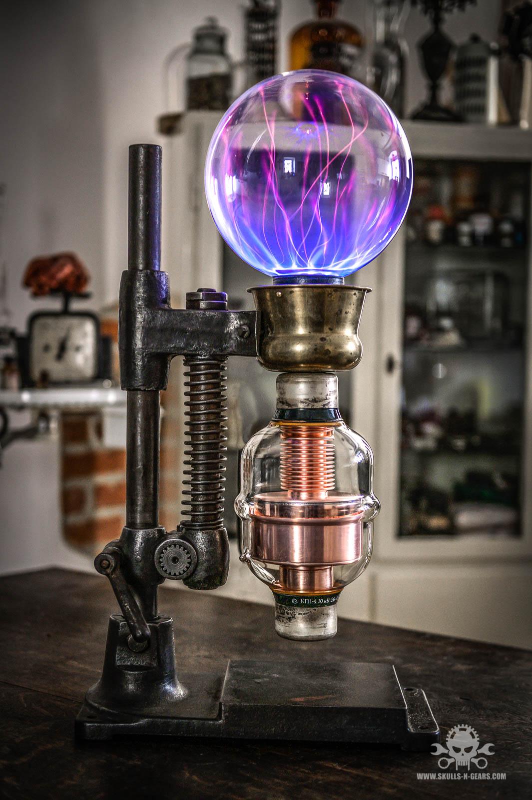 Steampunk - Tischlampe, Plasma