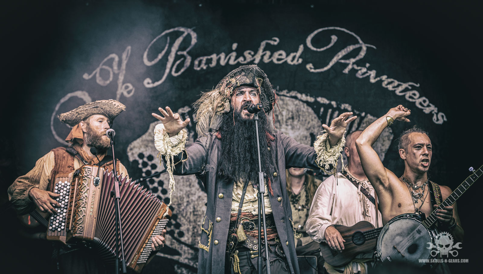 Ye Banished Privateers - 010