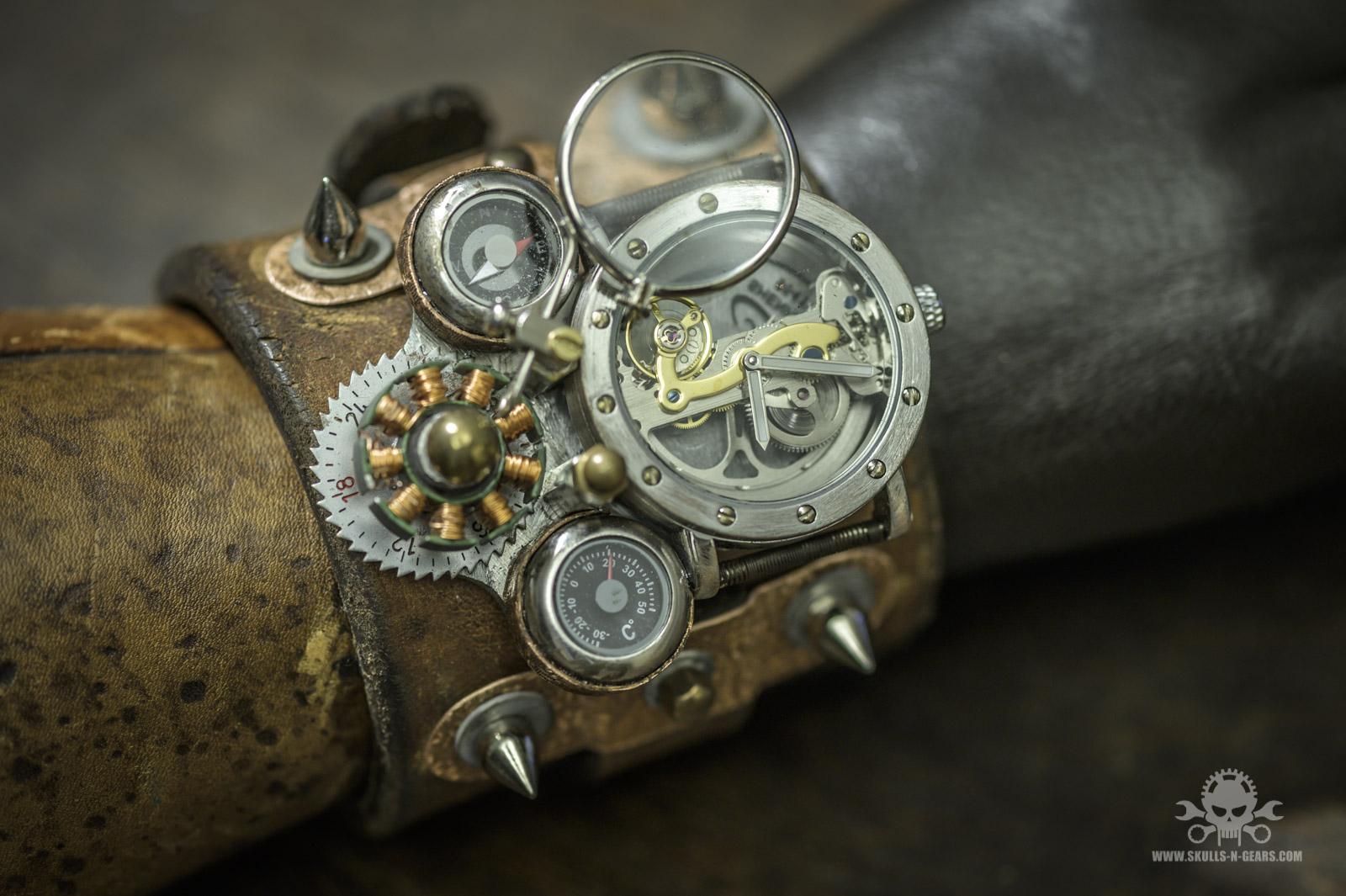 Steampunk Uhr 010030017-5