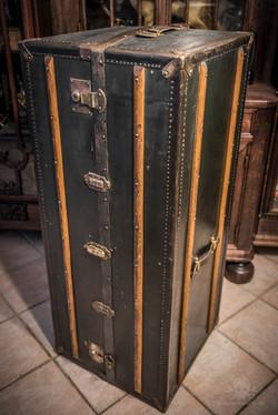 Schrankkoffer