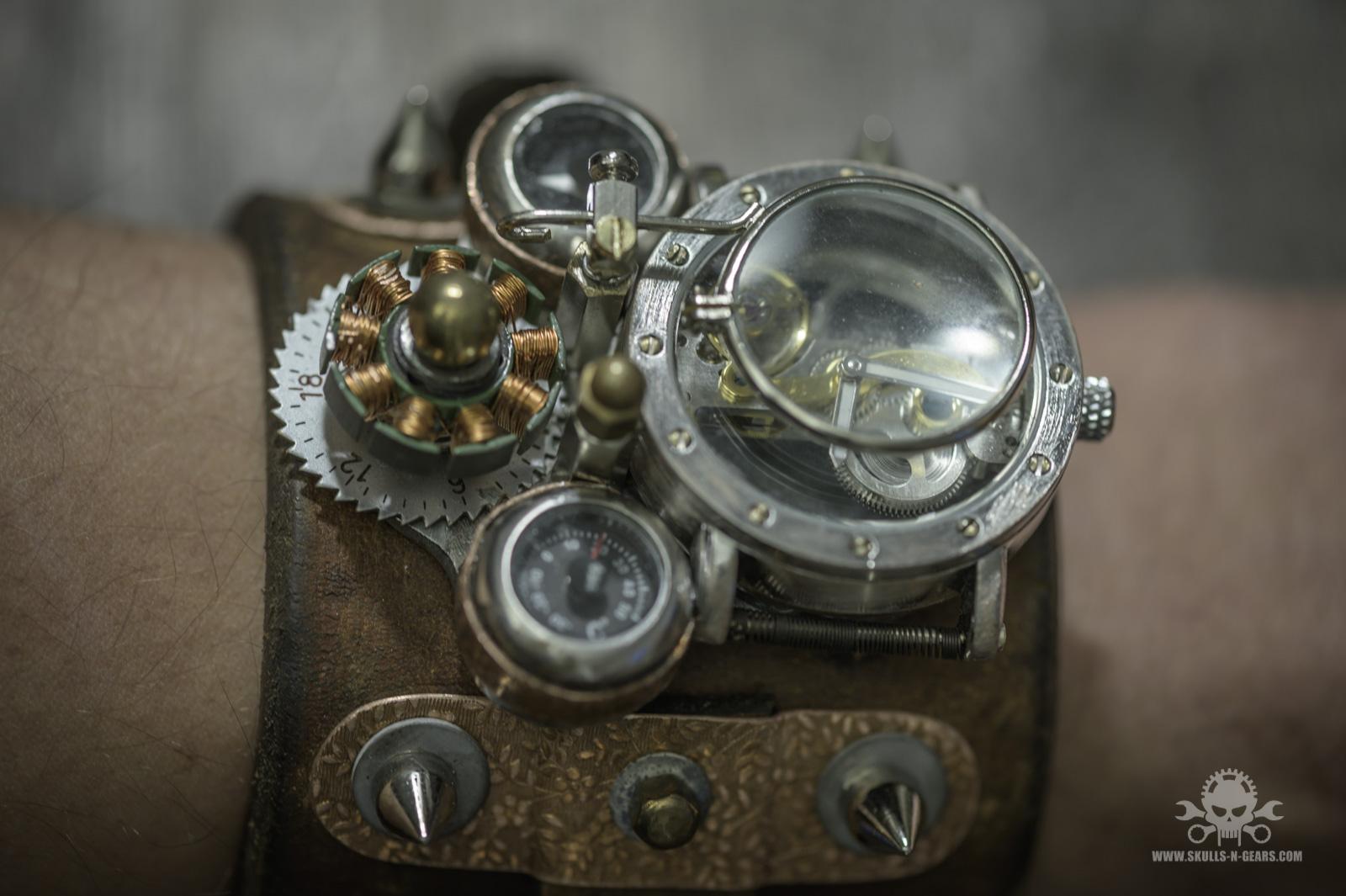 Steampunk Uhr [010030017] -2