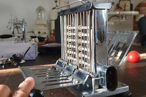 antiker Toaster