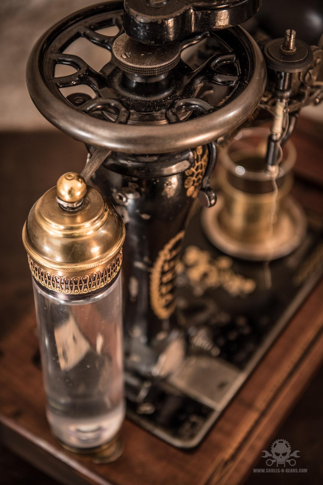 Steampunk_Coffee_Machine-2