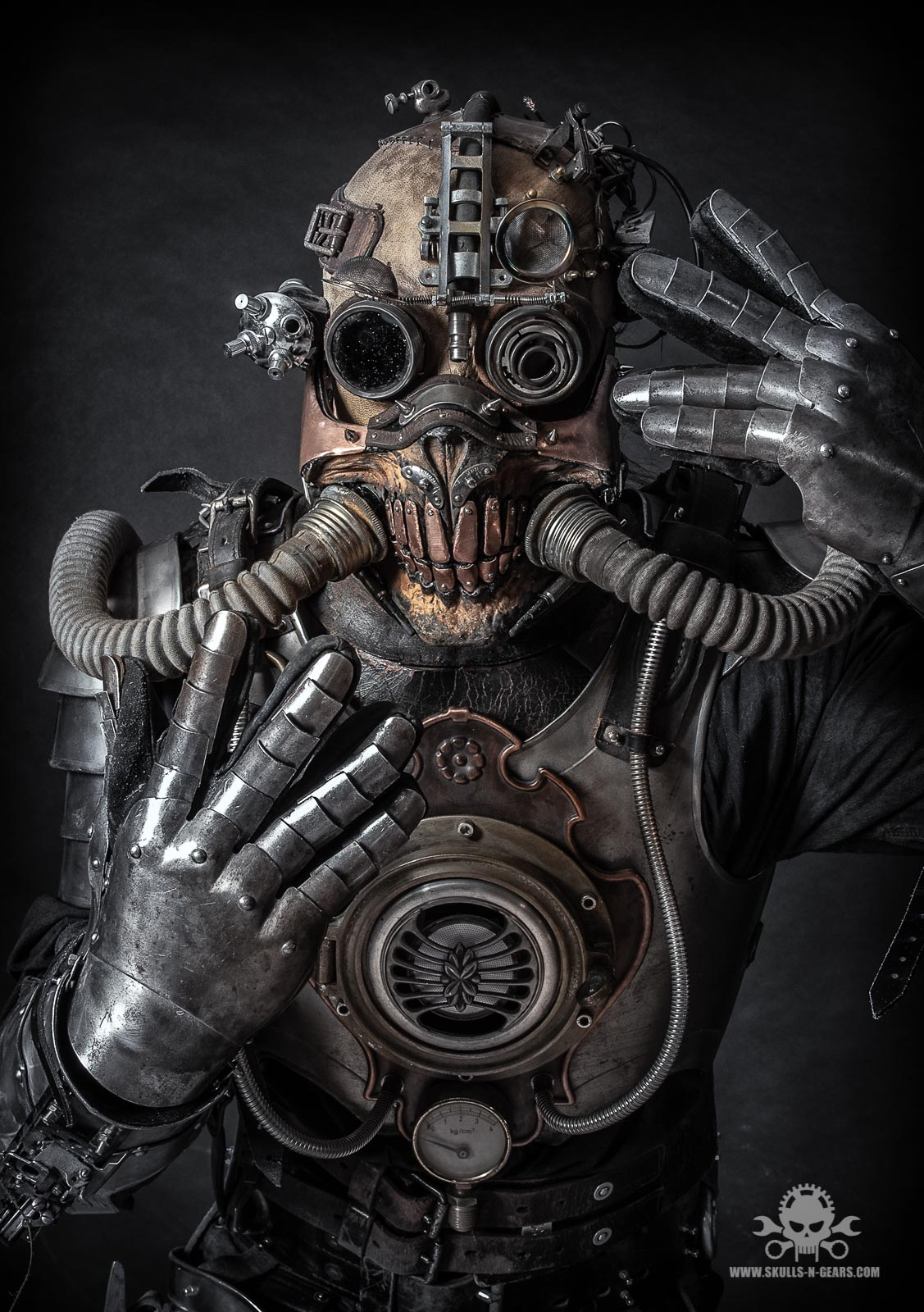 apocalyptic Steampunk full body amor-4