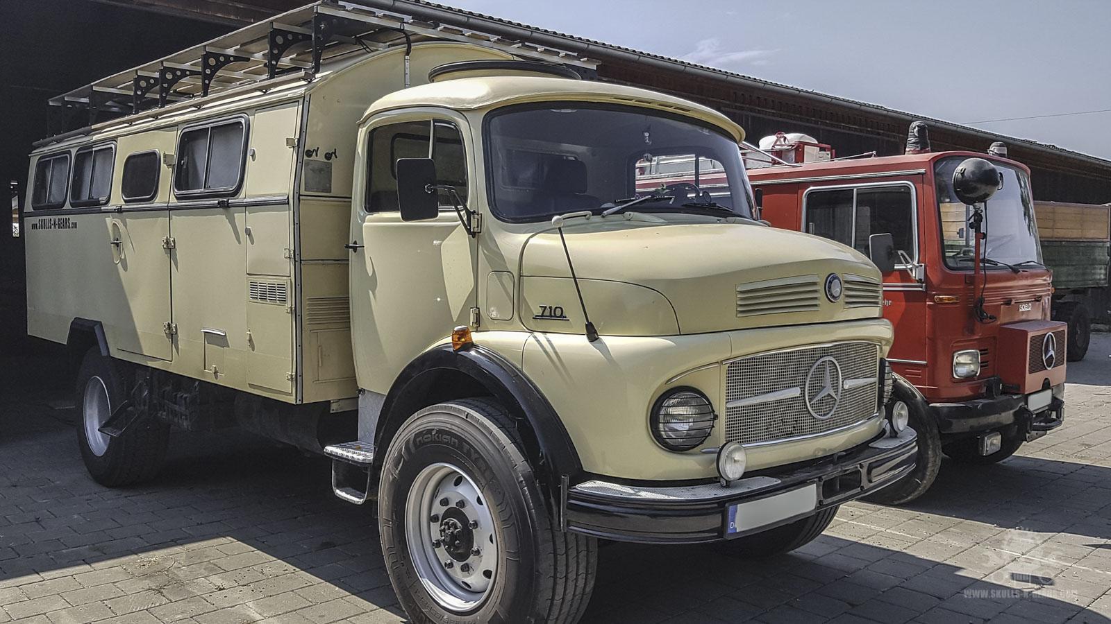 Mercedes LA 710-74