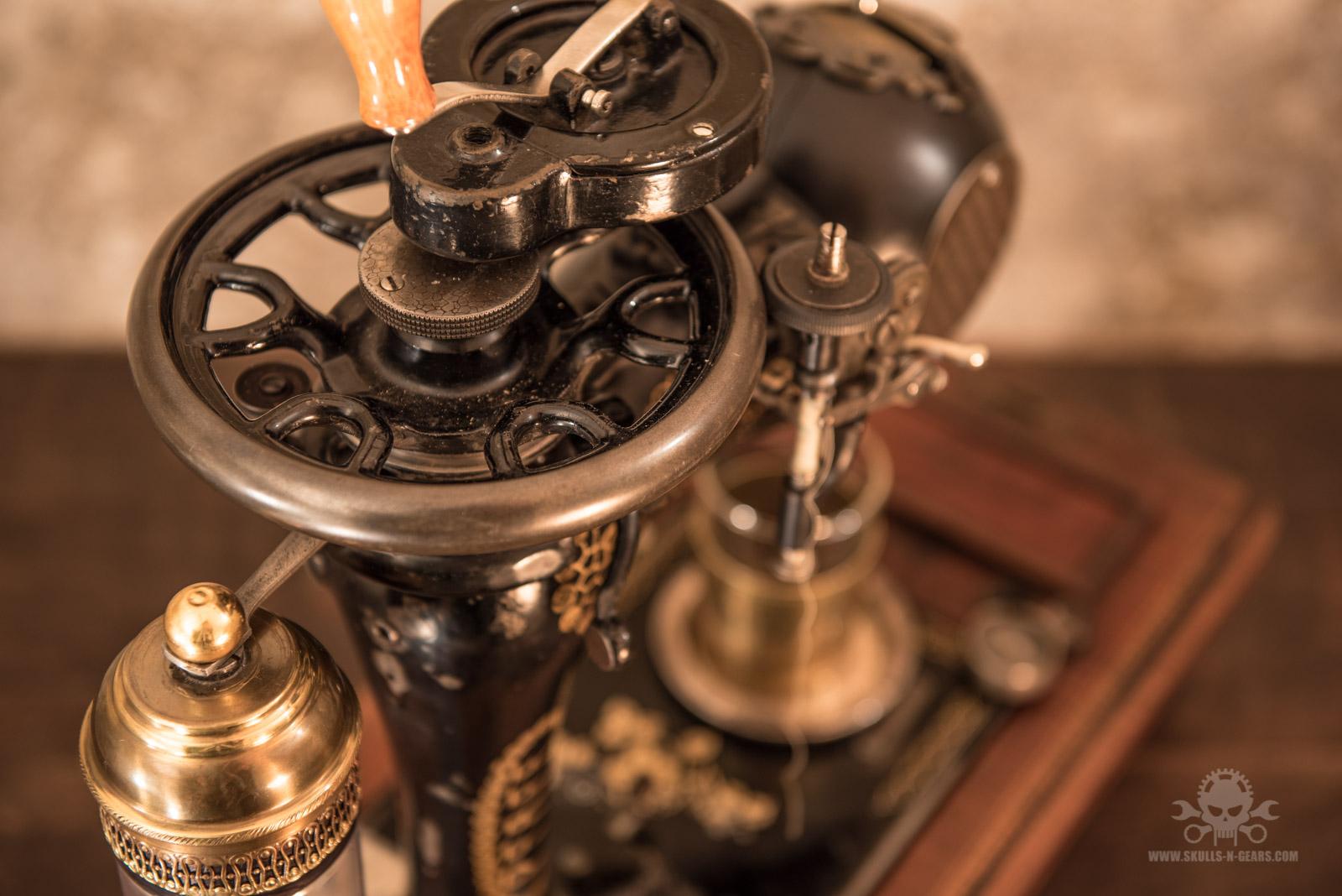 Steampunk_Coffee_Machine-1