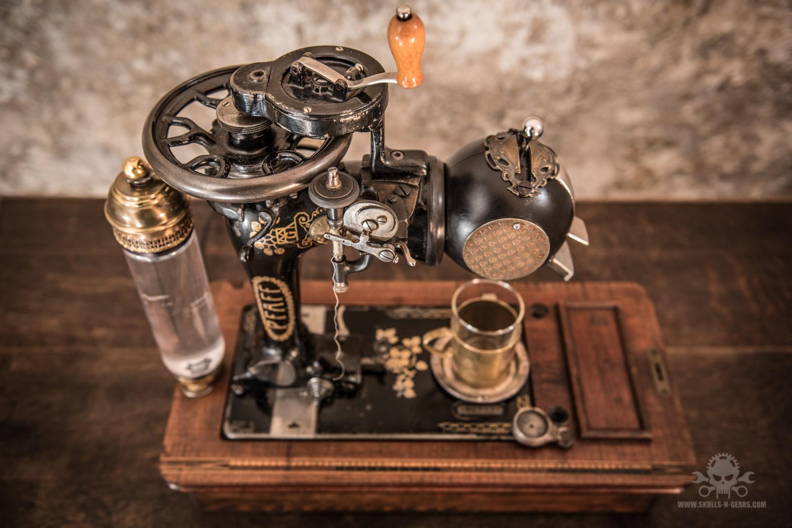 Steampunk_Coffee_Machine-13