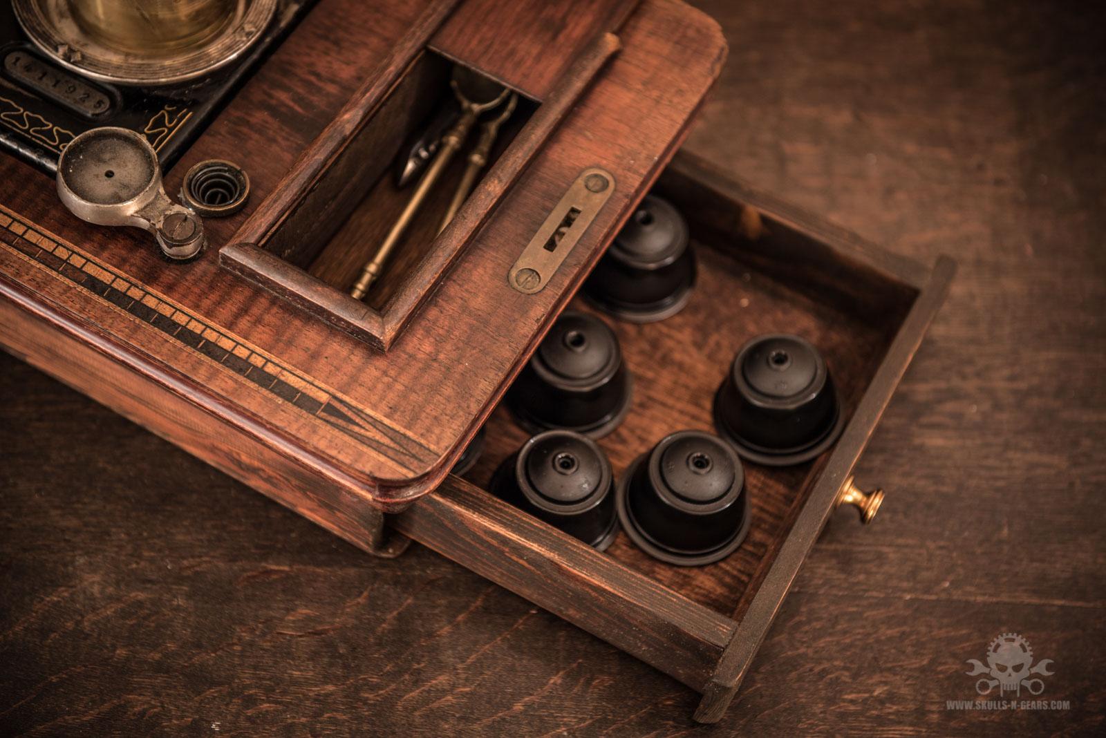 Steampunk_Coffee_Machine-9