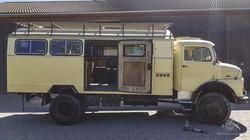Mercedes LA 710-56