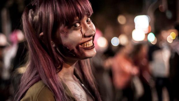 aaa-zombie-cute-girl.jpg