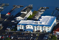 Marina Bay Hotel, Chincoteague Island, Virginia: This is where United States of Green will be in 8 h
