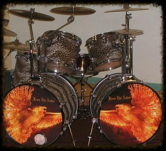 rock drummers custom printed drum heads personalised drum skins. Black Bedroom Furniture Sets. Home Design Ideas