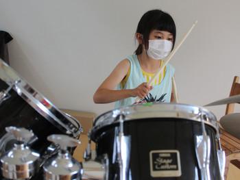 《大槌バンドプロジェクト(共創の音楽で大槌の子どもたちに生きる力を) めきめき上達中!》