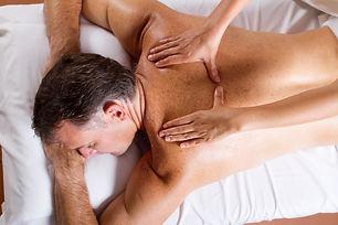 Deep-tissue-massage-Montreal
