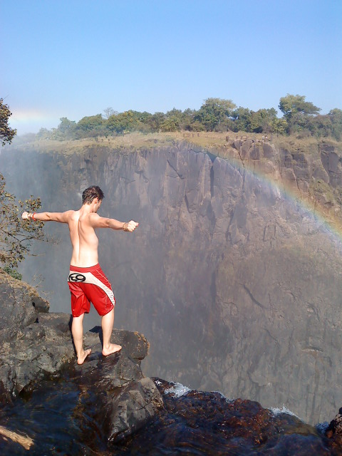 Estimating the drop - Victoria Falls