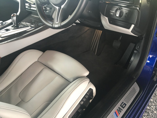 Blue BMW M6 Interior