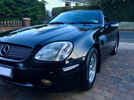Black Mercedes SLK 200 Komp