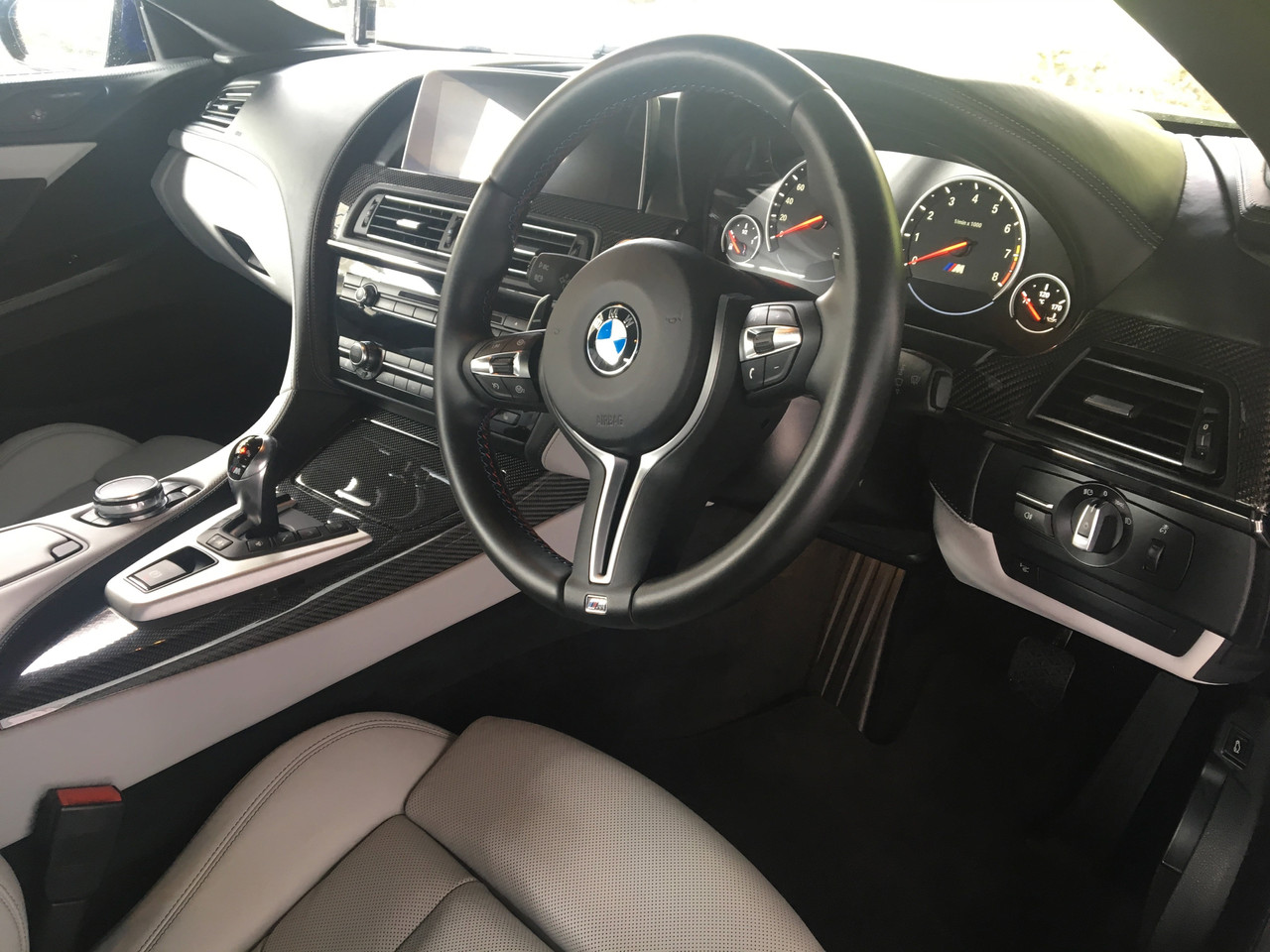 Blue BMW M6 Interior
